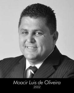 32 - Moacir Luis de Oliveira
